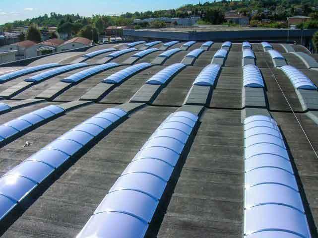 Rifacimento lucernari industriali e cupole for Lucernari da tetto