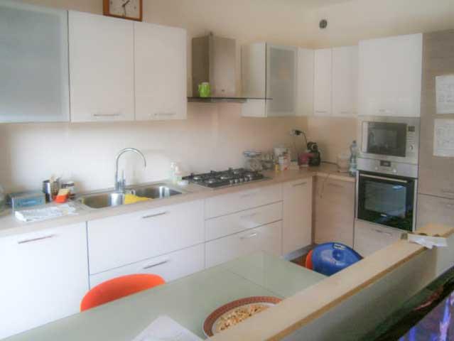 Best cucina soggiorno con arco photos ideas design - Divisorio cucina soggiorno ...